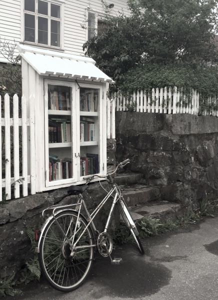 Sokndal_kirjasto_kalastajakylä